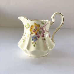 Vintage 1933 Paragon By Appointment England Fine China Floral Mini Creamer for Sale in Mount Baldy,  CA