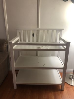 Changing table and shelf for Sale in Los Angeles, CA