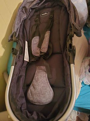 Evenflo car seat/ stroller for Sale in Abilene, TX