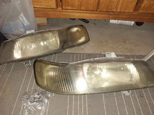 Acura Tl headlights going to clean them up tomorrow for Sale in Dade City, FL