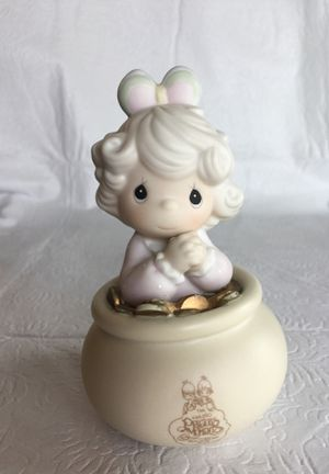 Enesco Precious Moments- You're The End Of My Rainbow for Sale in Kissimmee, FL