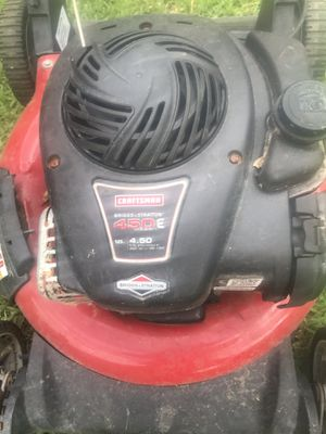 Craftsman lawn mower for Sale in Tomball, TX