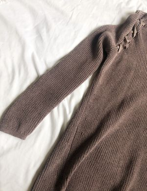 SWEATER for Sale in Gig Harbor, WA