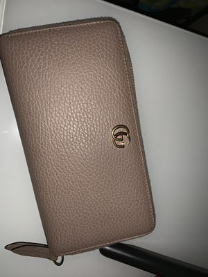 Gucci Women's Wallet for Sale in Chula Vista, CA