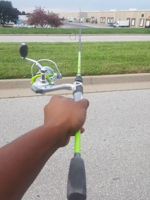 Tourney T2 fishing rod and real for Sale in Grayville, IL