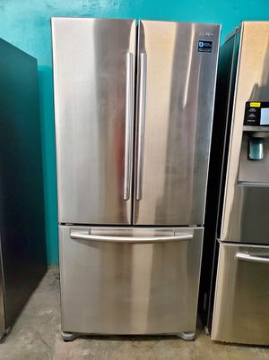 FREE DELIVERY! Samsung Refrigerator Fridge 33 in. Wide Free Delivery #917 for Sale in Riverside, CA