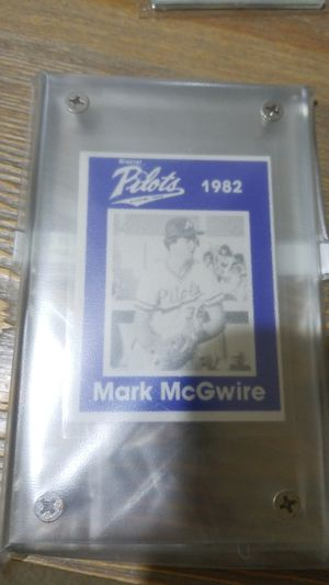 Baseball card- 1982 mark mcgwire minnie league rc for Sale in West Stayton, OR