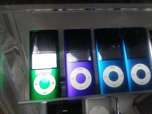 Ipod 5 gen for Sale in Modesto, CA