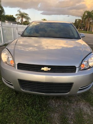 Chevy Impala for Sale in Miami Gardens, FL