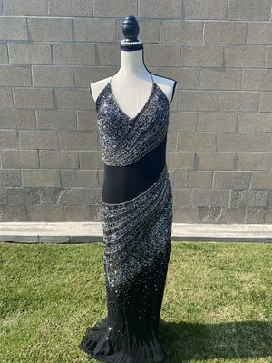 WOMENS CLOTHES PROM for Sale in Bellflower, CA