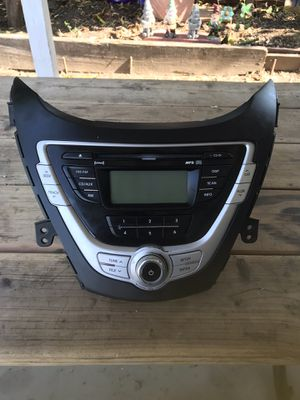 2011 Hyundai Elantra stereo system for Sale in Fremont, CA