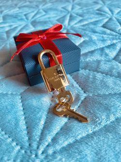 Louis Vuitton Brass Lock & Keys for Sale in Raleigh,  NC