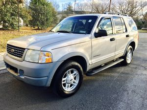 02 Ford Explorer XLS 4WD/ Cheap Truck w New Tires for Sale in College Park, MD