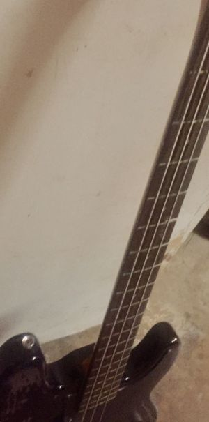 Bass Guitar for Sale in Plano, TX