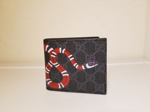 Gucci Supreme Snake Printed Black Leather Men's Wallet for Sale in Queens, NY