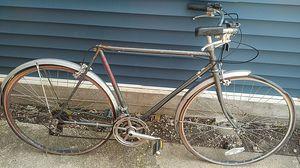 Vintage schwinn world tourist . Project bike. for Sale in Chicago, IL
