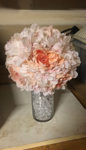 2 pink artificial flowers with vases! for Sale in Beaverton, OR