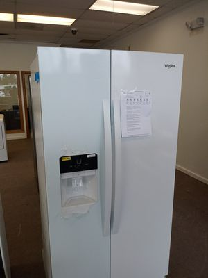 Whirlpool Side by Side with Ice Maker for Sale in Fairview Park, OH