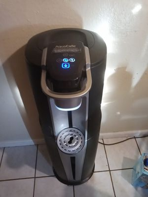 Water dispenser with a Keurig coffee maker for Sale in Ceres, CA