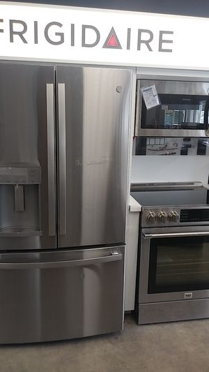 Kitchen suite for Sale in Saint Charles, MO