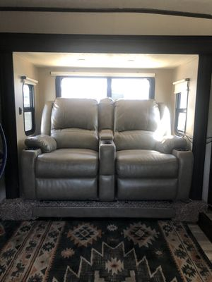 Thomas Payne RV couch for Sale in BELLEAIR BLF, FL