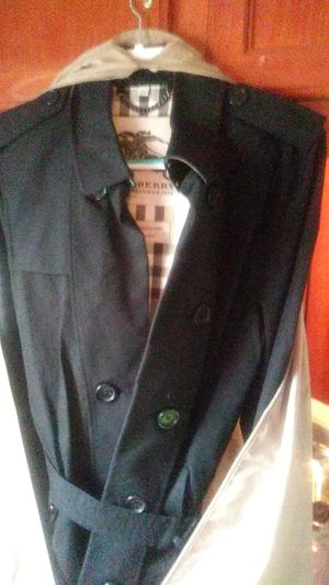 Burberry mens coat for Sale in Tacoma, WA