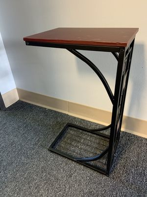 Cute side table for Sale in Denver, CO