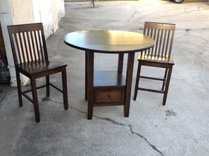 3 piece Breakfast table for Sale in Chula Vista, CA