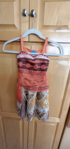 Girls Moana Costume Size Small 4-6 for Sale in Long Beach, CA