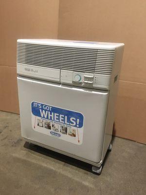Delinghi portable AC air conditioner 7500 BTU for Sale in San Gabriel, CA