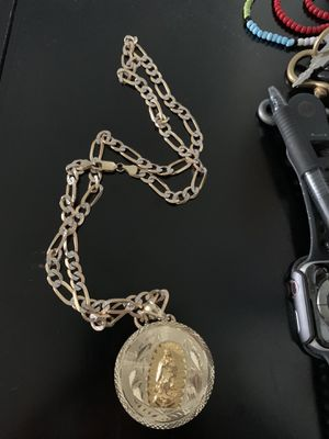 Men's Heavy 14 kt. Gold Figuro style chain and pendant for Sale in Aurora, OR
