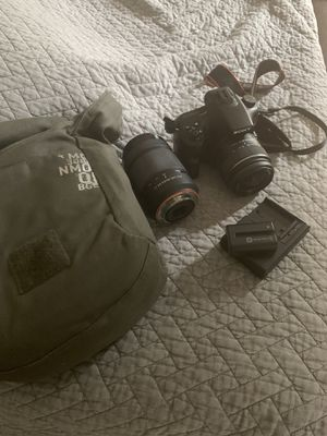 Sony DSLR camera for Sale in San Diego, CA