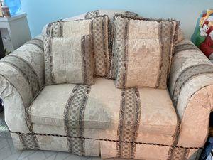 Love seat sofa for Sale in Burke, VA
