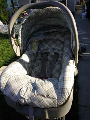 Baby carrier and car seat for Sale in Denver, CO