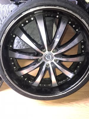 22 inch Rims for Sale in Paramount, CA