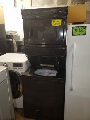 Kenmore 27in gas stackable washer/dryer working perfectly 4 months warranty for Sale in Baltimore, MD