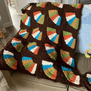 Crocheted Throw for Sale in Kingman, KS