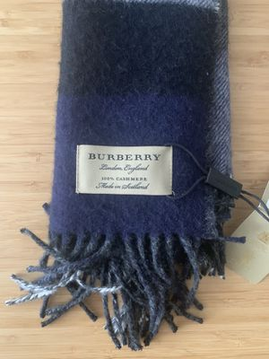 Burberry Cashmere Scarf Unisex for Sale in Chicago, IL