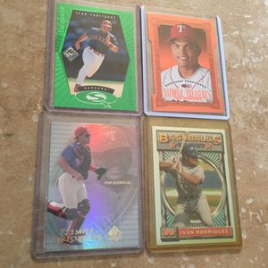 (4) Different LIMITED RARE Ivan Rodriguez Baseball Cards for Sale in Castro Valley, CA
