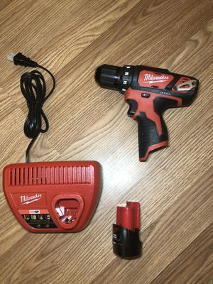 """Milwaukee M12 3/8"""" Drill driver set for Sale in Gardendale, TX"""