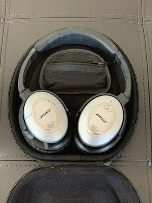 Bose QC15 Wired headphones for Sale in Oak Brook, IL