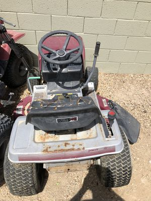 Riding lawn mower for Sale in Las Vegas, NV
