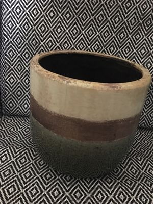 Ceramic pot for plants for Sale in Long Beach, CA