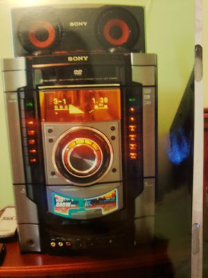 Sony stereo system for Sale in Cleveland, OH