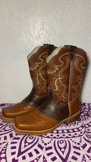 Western boots for Sale in Norco, CA