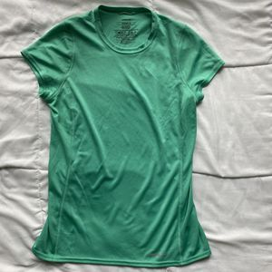 PATAGONIA ATHLETIC TOP for Sale in Oxnard, CA