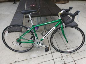 2001 schwinn super sport road bike for Sale in Tustin, CA
