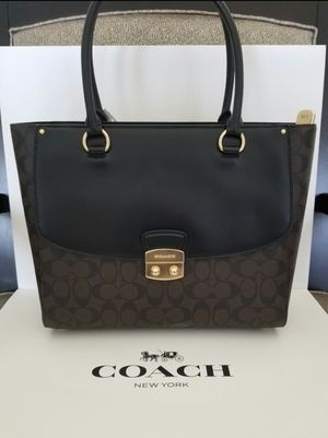Original coach women handbag new with tag and gift box. for Sale in Tustin, CA