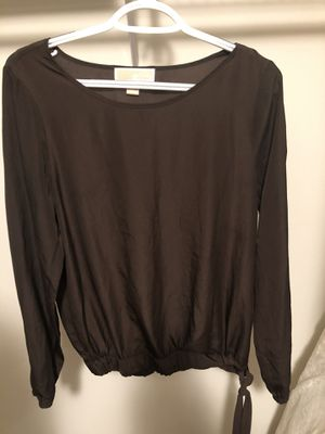 Michael kors blouse for Sale in Sellersville, PA