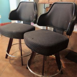 Bar stools / counter height for Sale in Fort McDowell, AZ